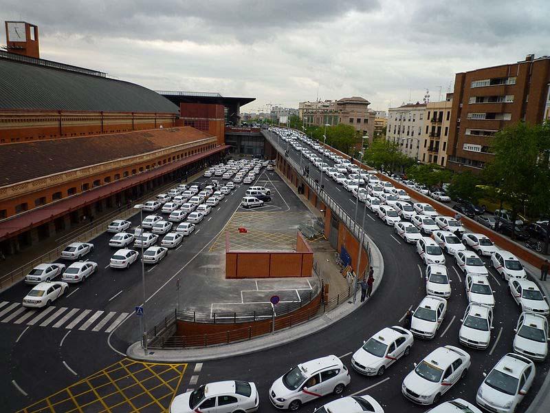 Refuerzo del servicio de TAXI MADRID en Navidad